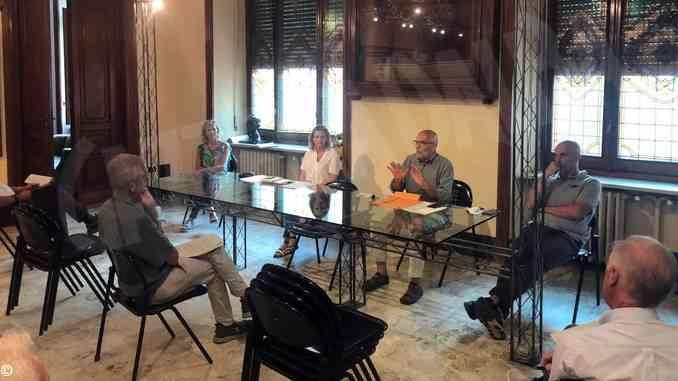 I comitati di quartiere all'incontro con i vertici dell'Asl