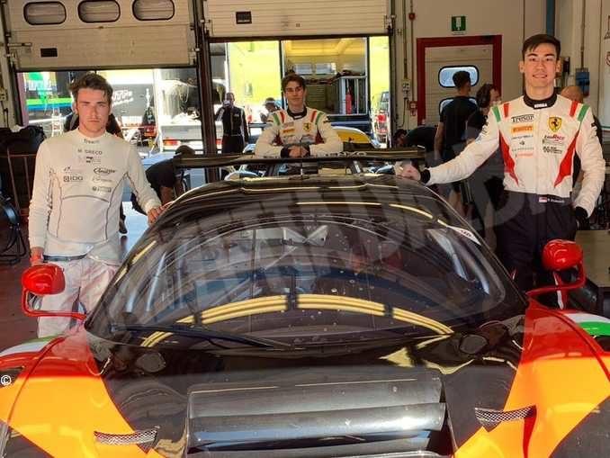 Matteo Greco (a sinistra) con Mattia Michelotto e Sean Hudspeth