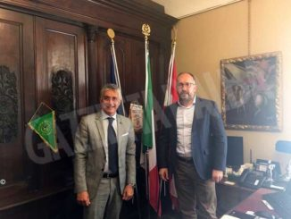 I sindaci di Alba e Asti insieme per sostenere i 151 lavoratori della Stamperia di Govone