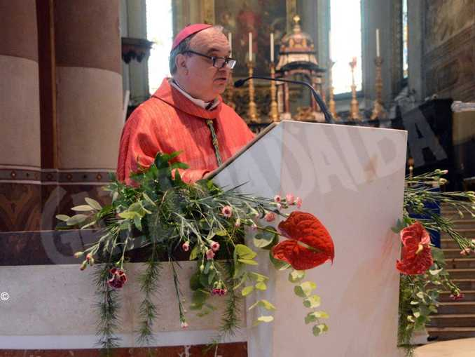monsignor Marco Brunetti vescovo Alba