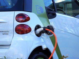 Ad Asti saranno installati 13 punti di ricarica per le auto elettriche 1