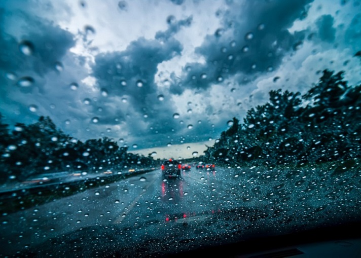 circolazione stradale-nubifragio