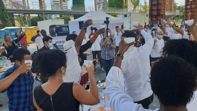 Fase 3: medici cubani e pazienti Ogr in festa