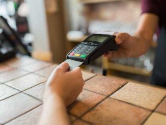 Decreto agosto: spinta consumi da due miliardi, bonus su pagamenti Pos