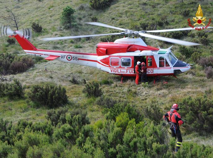 Elicottero-Vigili-del-Fuoco-118-soccorso-drago