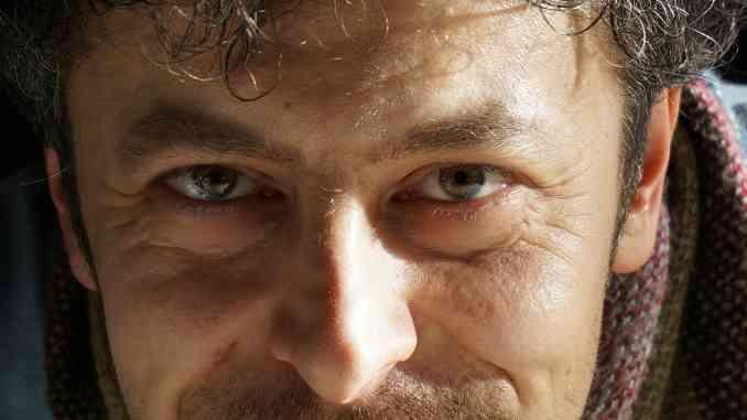 L'artista albese Enzo Mastrangelo espone ad Asti