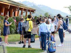 Primo giorno di scuola tra autocertificazioni e insegnanti che mancano 11