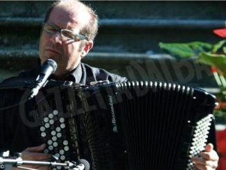Bergolo consegna il premio Fedeltà alla Langa all'Avac e a Walter Porro 1