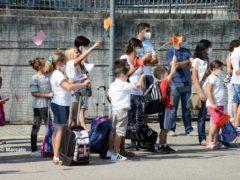 Una benedizione ai bambini per iniziare bene l'anno scolastico 13