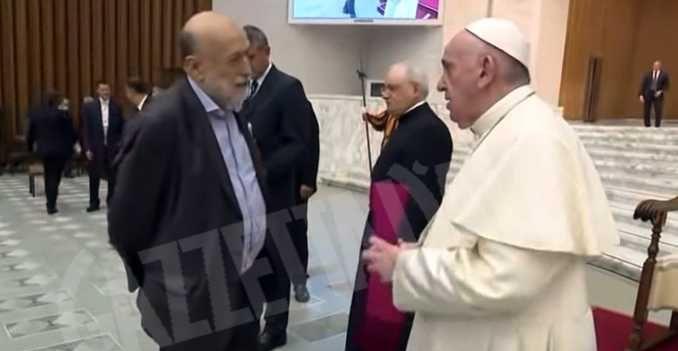 carlo petrini papa francesco_fb
