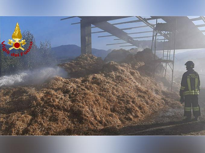 incendio fienile a Bagnasco