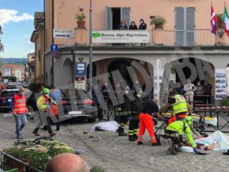 Cinque ciclisti investiti da un'auto a Monforte, nulla da fare per uno di loro