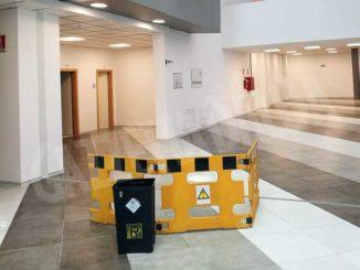 Con la pioggia l'acqua si infiltra in alcuni punti del nuovo ospedale