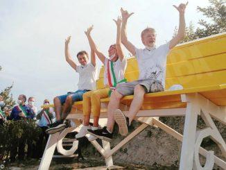 Inaugurata a Montelupo Albese la centesima panchina gigante