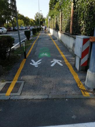 Bra, pista ciclabile del viale Madonna dei Fiori rinnovata e raddoppiata 1
