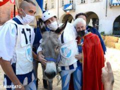 Borgo San Lorenzo vince il Palio degli asini