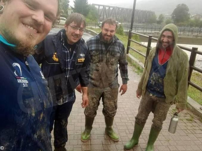 Farigliano rugby volontari alluvione (002)