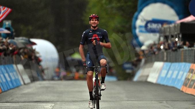 Giro d'Italia: impresa di Ganna; Sobrero al novantottesimo posto