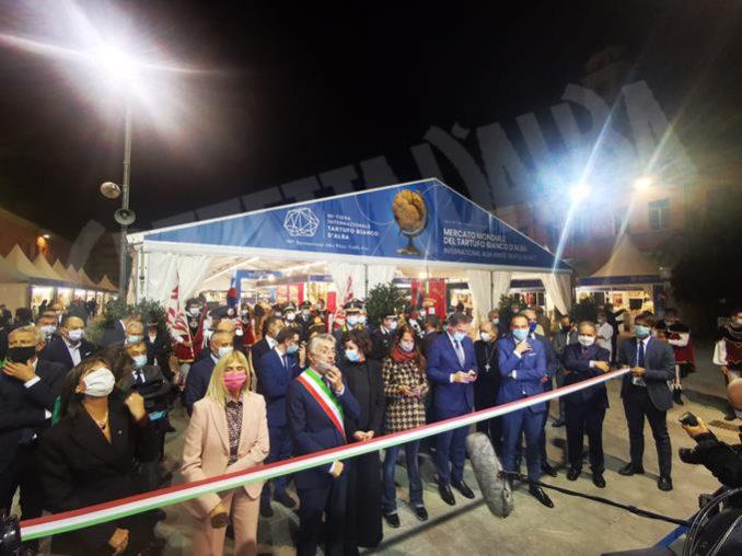 Inaugurazione della novantesima edizione della Fiera internazionale del tartufo bianco d'Alba 22