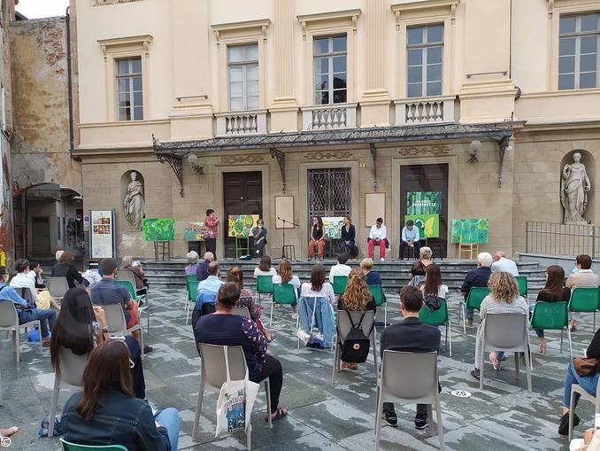 Presentazione a Savigliano (002)