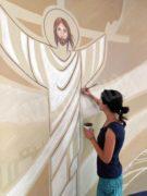 Silvia Allocco tra arte e fede, l'artista braidese che dipinge le chiese