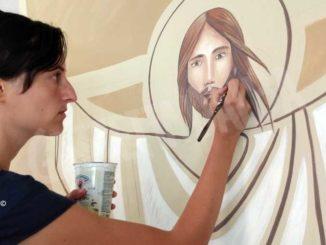 Silvia Allocco tra arte e fede, l'artista braidese che dipinge le chiese 1