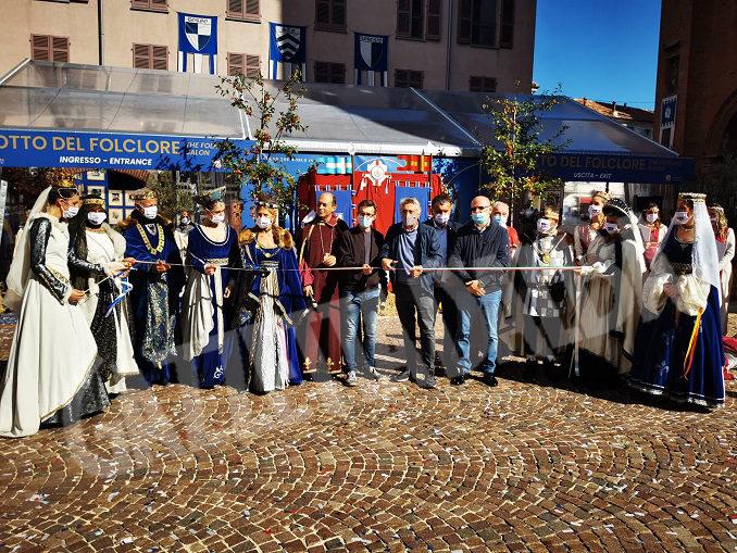 Inaugurato ad Alba il Salotto del Folclore