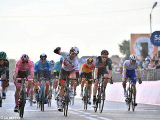 Giro d'Italia: domani c'è la cronometro. Attesa per la prova di Sobrero