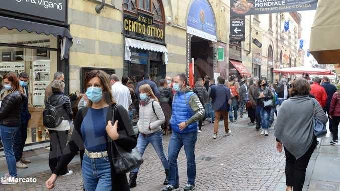 Per gli ambulanti del mercato del sabato di Alba, non c'è pace 4