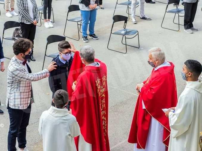 Festa ai Salesiani per 15 ragazzi che hanno ricevuto la cresima 2