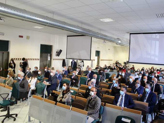 Università: Cirio incontra gli studenti del Campus di management e economia 1