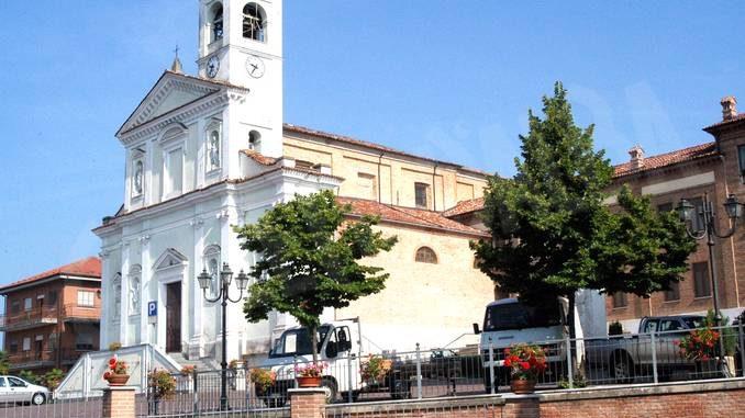 Vezza: la Messa per i defunti sarà celebrata davanti alla parrocchiale
