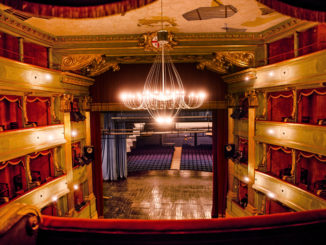 Piemonte, slitta deroga capienza cinema e teatri