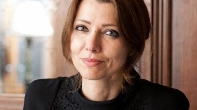 Premi: alla scrittrice turca Elif Shafak il Lattes-Grinzane