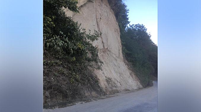 Riaperto il collegamento stradale tra Monteu Roero e Canale, chiuso nella notte a causa di una frana provocata dal maltempo