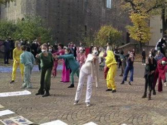 Dpcm: lavoratori spettacolo in piazza, vogliamo un reddito