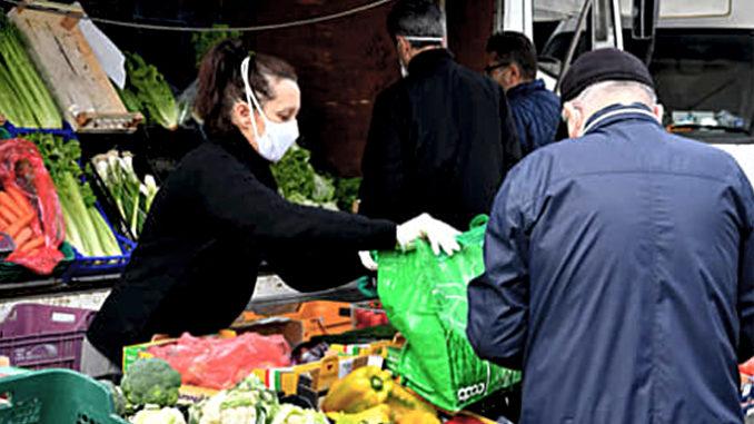 Covid: controlli dei carabinieri, multe nei mercati