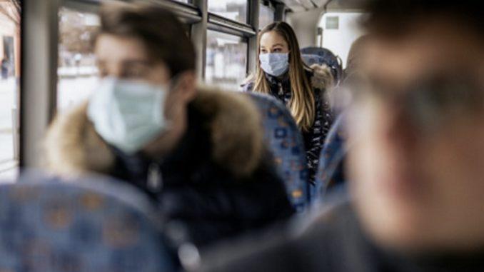 Guerra (Oms), contagi più da bus e movida che da scuola