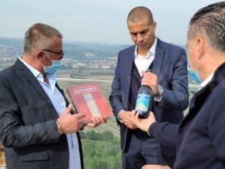 L'ex attaccante della Juventus David Trezeguet in visita a Barbaresco 1