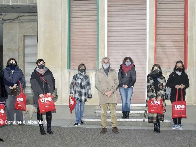 Mascherine di stoffa personalizzate per bambini e volontari del Piedibus