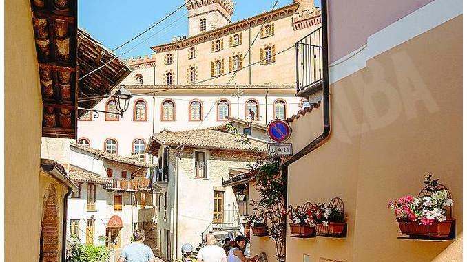 Barolo sarà la capitale italiana del vino 2021
