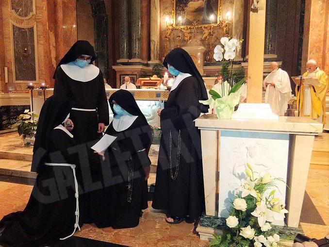 """Il """"SI"""" di suor Agnese proclamato oggi al Santuario della Madonna dei Firori di Bra"""