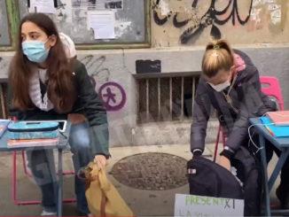 Protesta contro scuola a distanza si estende a Italia