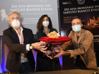 XXI Asta Mondiale del Tartufo Bianco d'Alba®, solidarietà internazionale da record: battuti lotti per 482.000 Euro