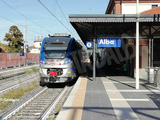 alba stazione treni
