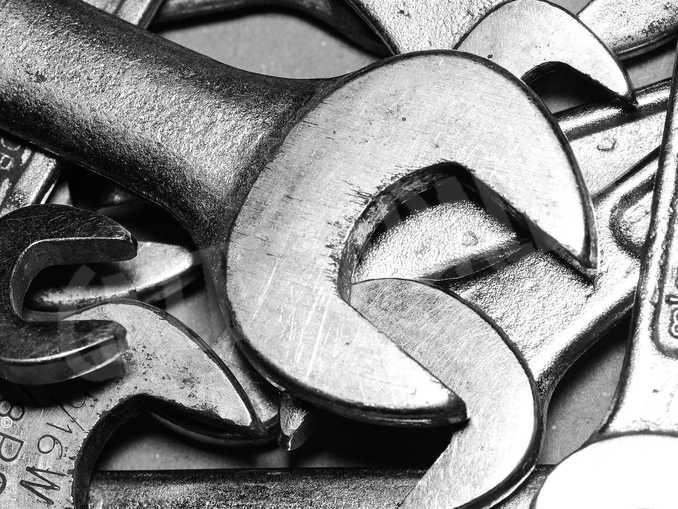 chiave attrezzo