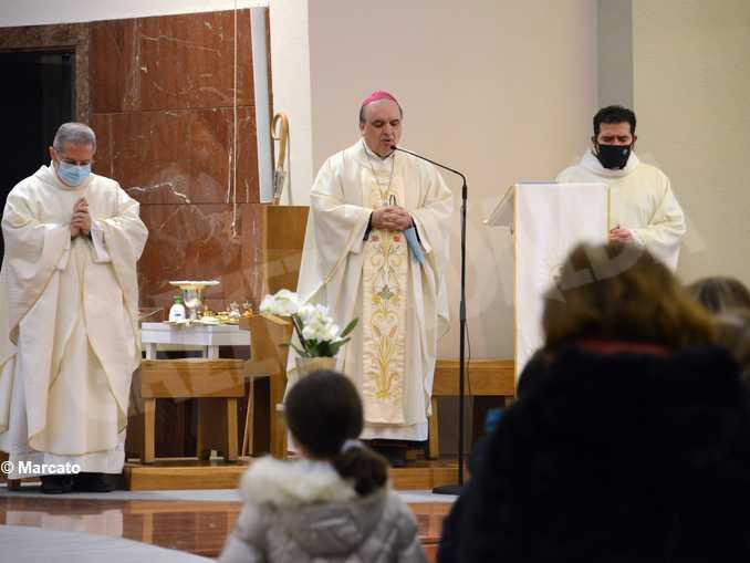 cristo re messa vescovo brunetti2