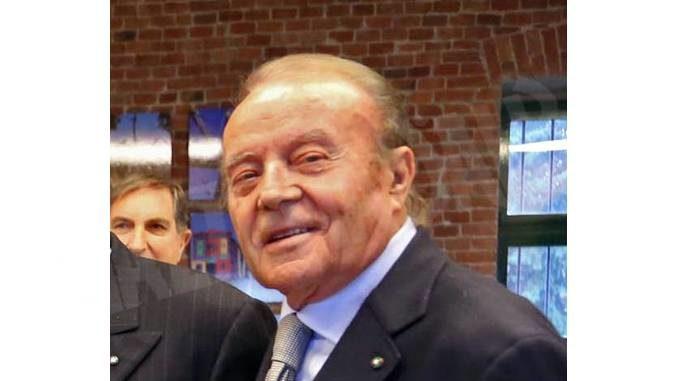 È morto Ferruccio Stroppiana. Con il fratello Elio ha reso grande la Mondo