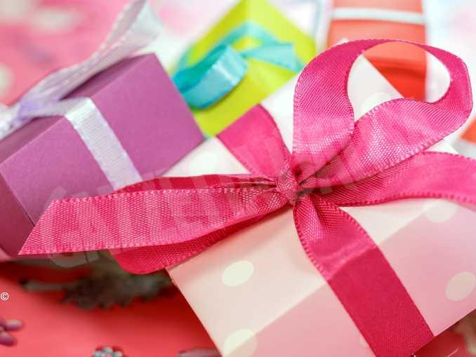 regalo pacco natale