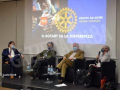 Il Rotary club di Alba per le scuole: donate oltre 200 visiere 1